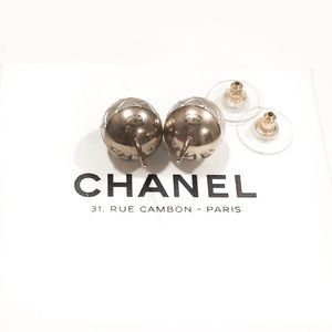 CHANEL Jewelry - Authentic Chanel Quilted Pearl Stud Earrings